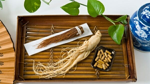 Ginseng roots differently processed