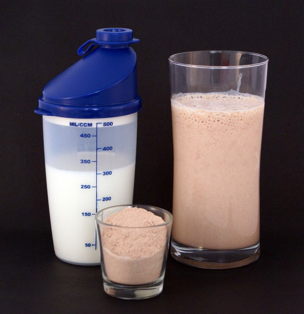 whey protein vs creatine
