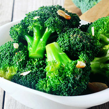 bowl of broccollis