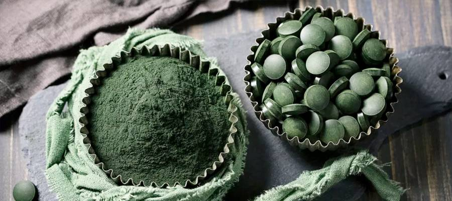best spirulina supplement featured