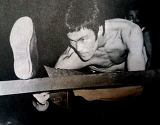 bruce lee's training and stretching