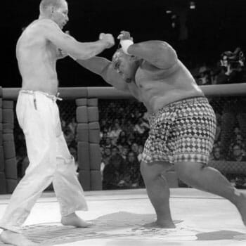 the first UFC fight in the 90s