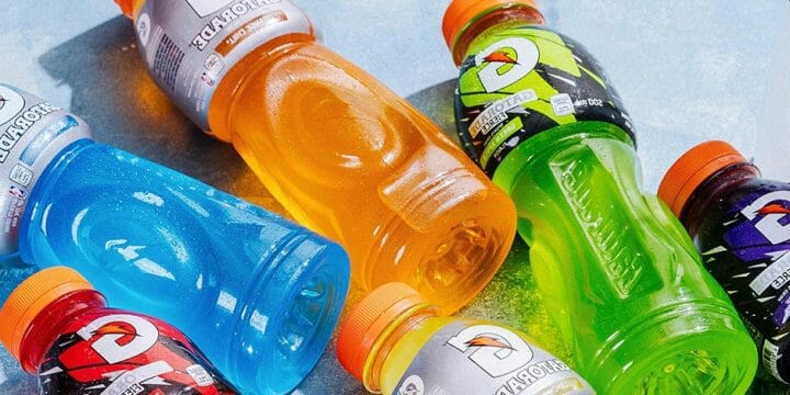 Different flavors of a known sports drink brand