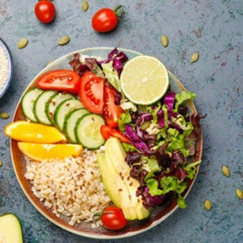 Healthy foods in a single plate