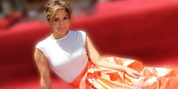 Jennifer Lopez on walk of fame event