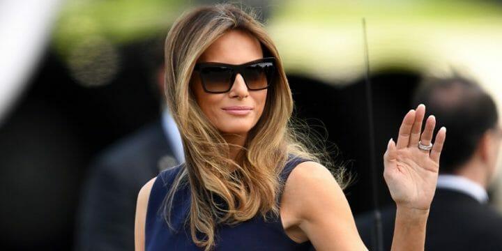 Melanie Trump waving her hand