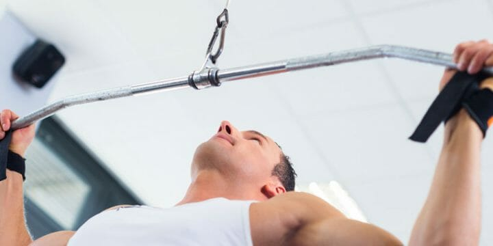 your guide to standing lat pulldowns