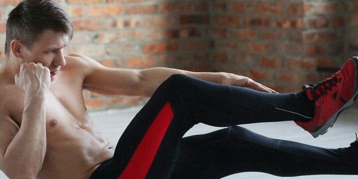 A guy doing a calisthenics workout