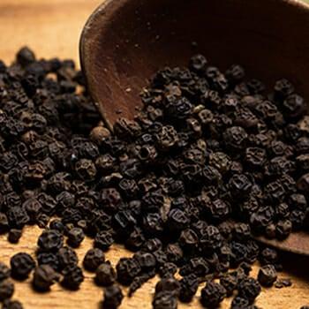 Black pepper on a spoon
