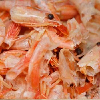 Chitosan or shrimp shells peeled off
