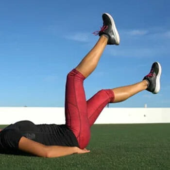 leg view of a person practicing flutter kicks